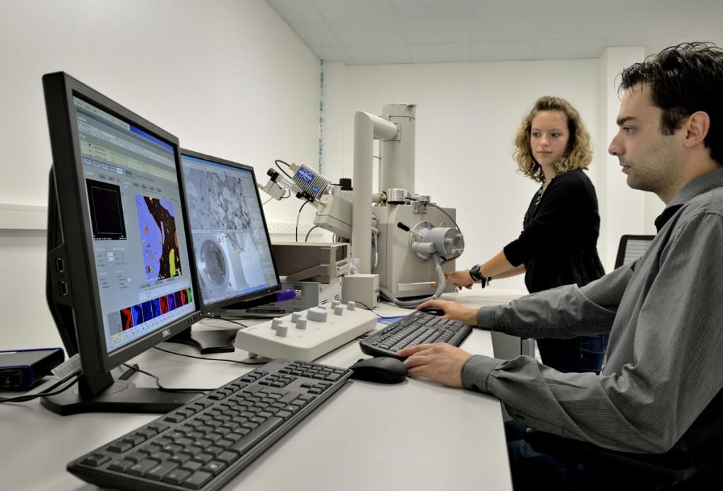 Expertise Matériaux - Microstructure et MEB (Microscope Électronique à Balayage)